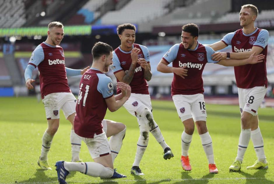 Menang 2-1 atas Tottenham Hotspur, West Ham Geser Chelsea di Empat Besar Klasemen-0