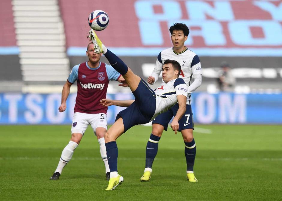 Menang 2-1 atas Tottenham Hotspur, West Ham Geser Chelsea di Empat Besar Klasemen-2