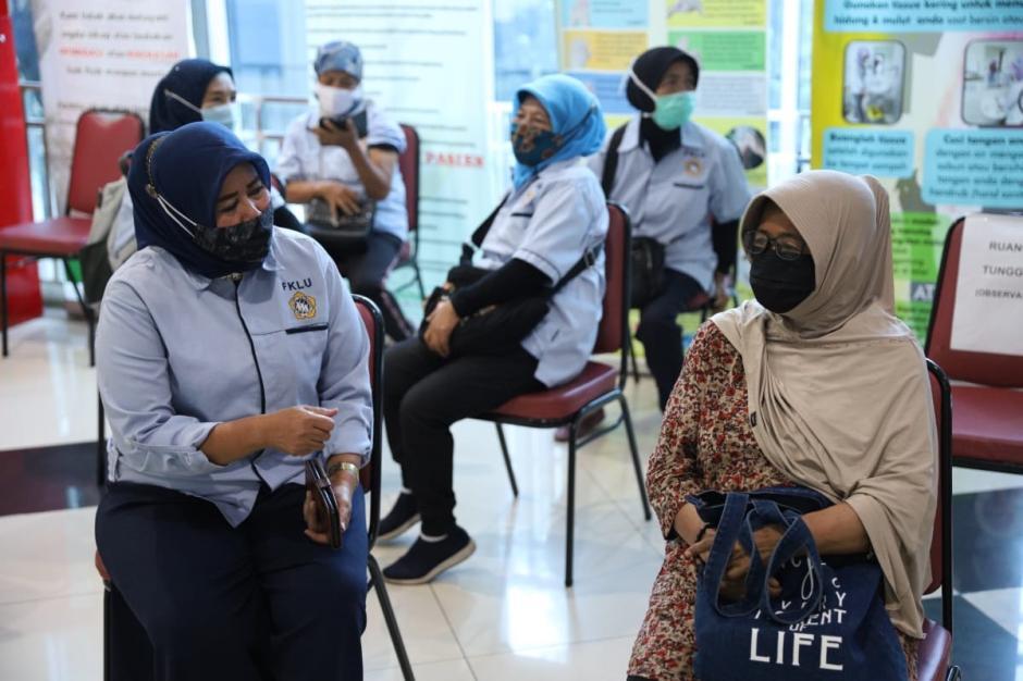 Rusminah, Lansia Pertama Penerima Vaksin Covid-19 di Jakarta Utara-1
