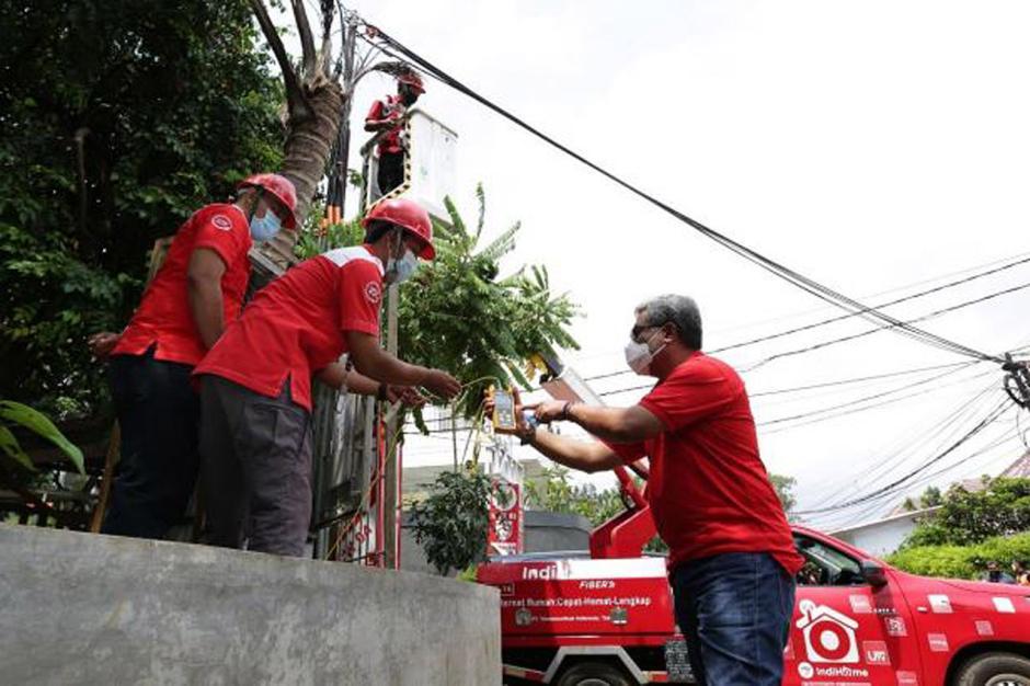 Pastikan Layanan Tetap Normal, Direksi Telkom Tinjau Lokasi Terdampak Banjir-0