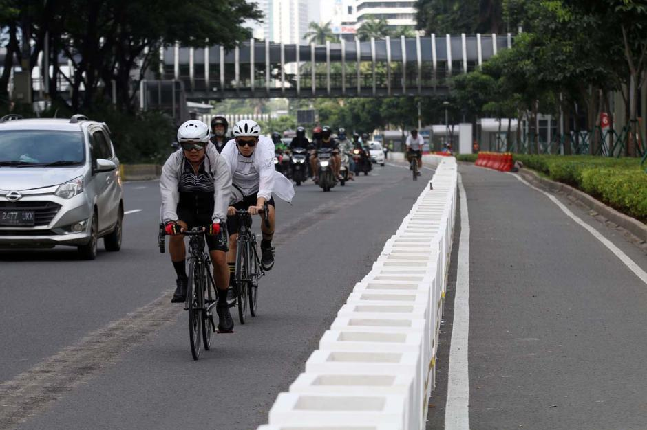 Minim Sosialisasi, Penggunaan Jalur Permanen Pesepeda di Kawasan Sudirman Belum Maksimal-4