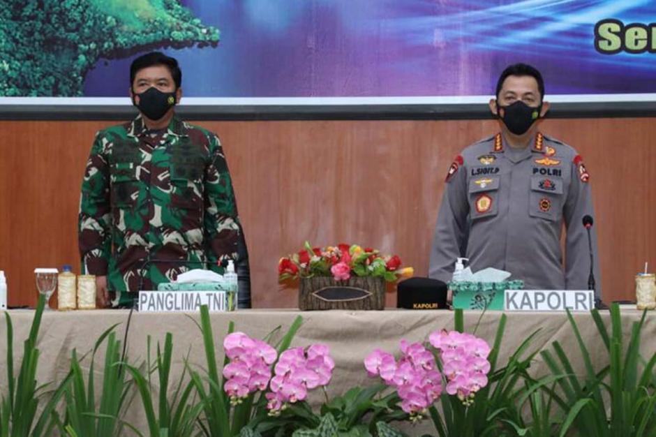 Panglima TNI dan Kapolri Mantapkan Sinergitas TNI Polri di Papua-4