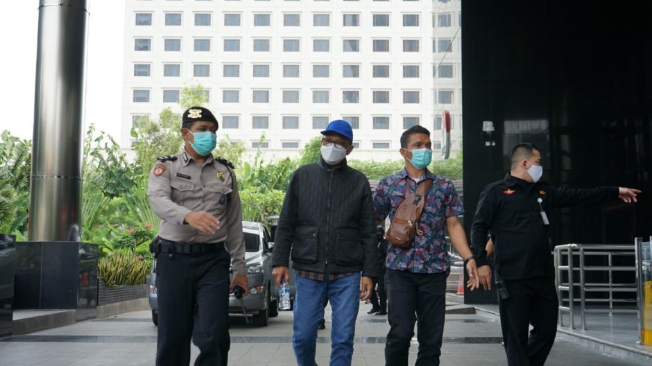 Tiba di KPK, Gubernur Sulsel Nurdin Abdullah Langsung Jalani Pemeriksaan-1