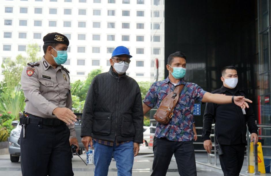 Tiba di KPK, Gubernur Sulsel Nurdin Abdullah Langsung Jalani Pemeriksaan-3