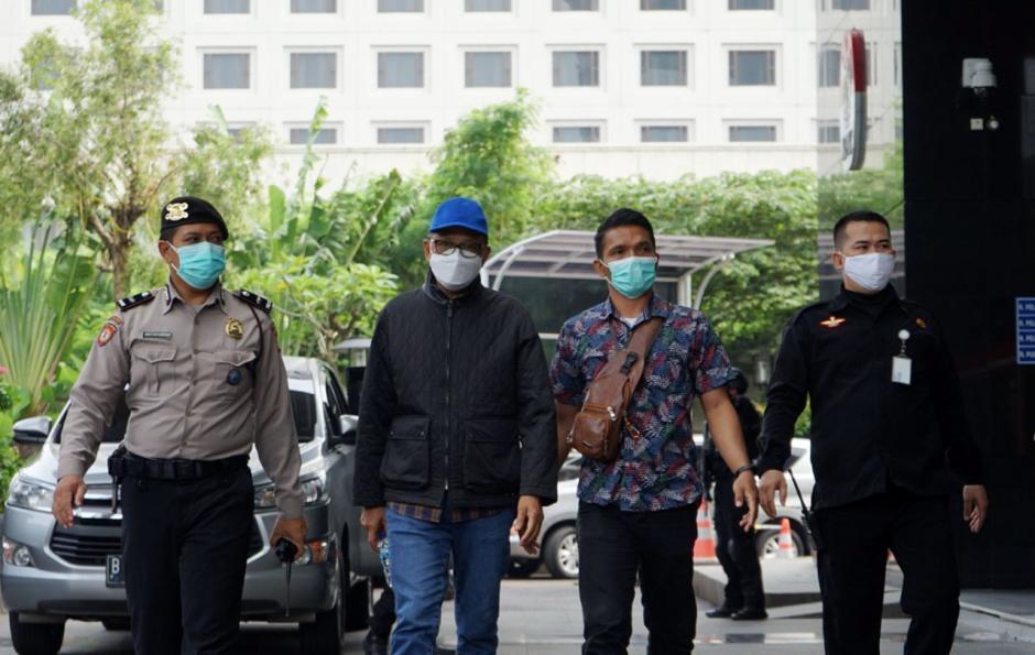 Tiba di KPK, Gubernur Sulsel Nurdin Abdullah Langsung Jalani Pemeriksaan-2