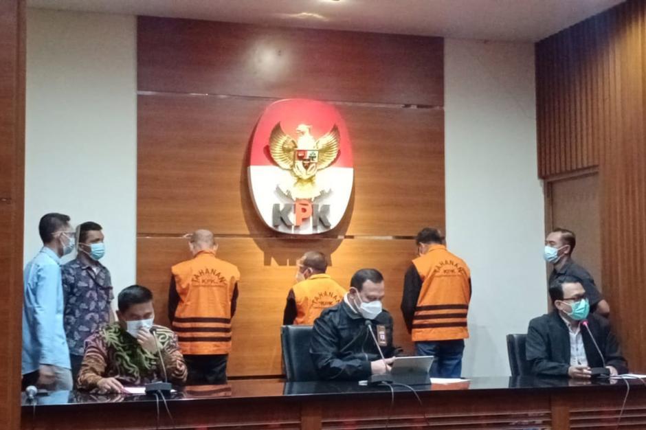 Gubernur Sulsel Nurdin Abdullah Resmi Jadi Tersangka Suap dan Gratifikasi-1