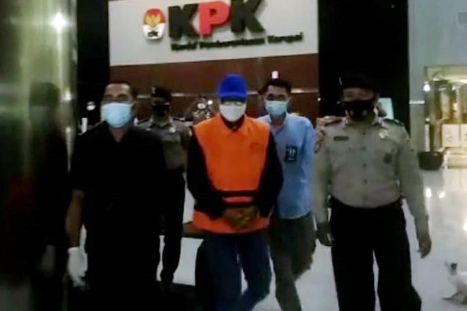 Gubernur Sulsel Nurdin Abdullah Resmi Jadi Tersangka Suap dan Gratifikasi-4