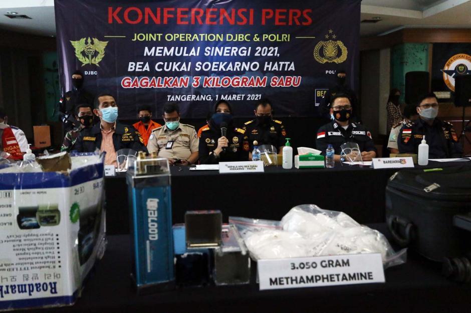 Bea Cukai Gagalkan Penyelundupan 3 Kg Sabu yang Disembunyikan dalam Barang Elektronik-3