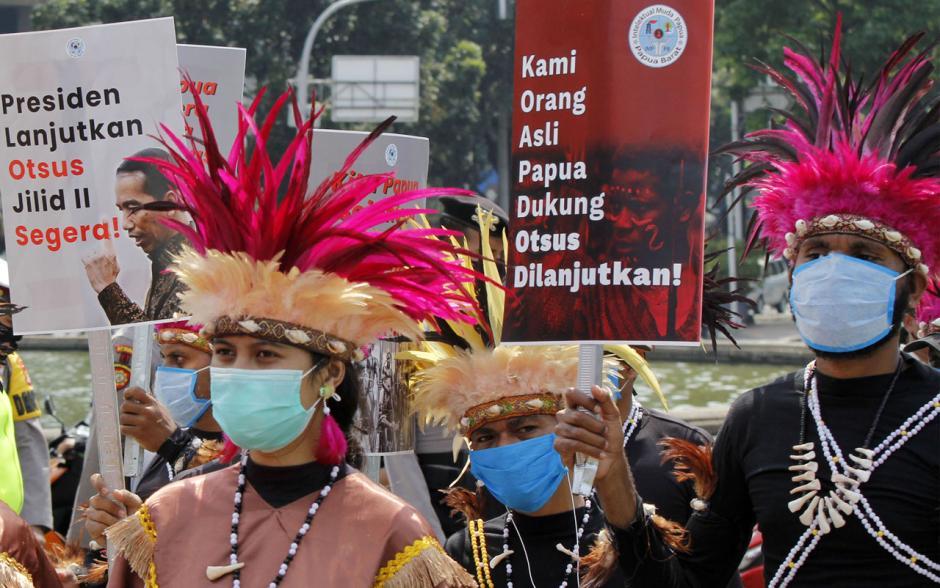 Mahasiswa dan Pemuda Gelar Parade Budaya Dukung Otsus Papua-1