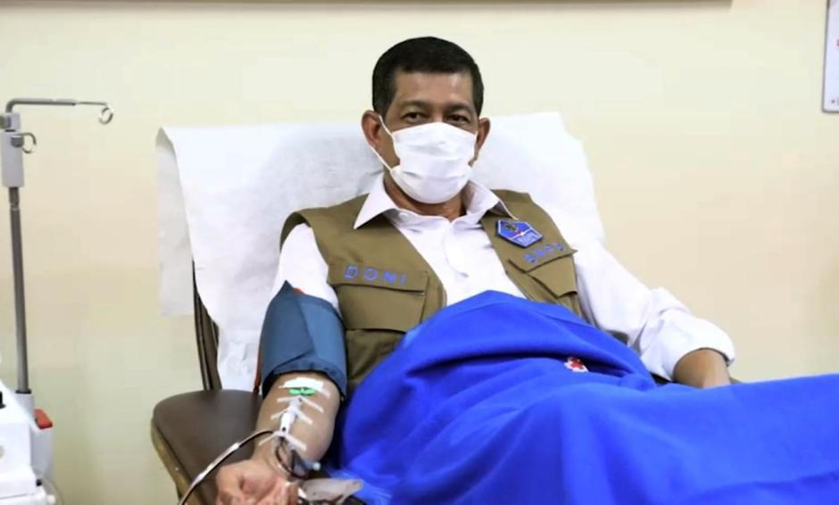 Doni Monardo Ajak Penyintas Covid-19 Jadi Donor Plasma Konvalesen-2