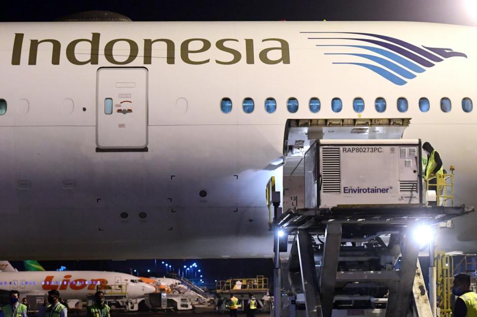 Kedatangan Vaksin Covid-19, Harapan Rakyat Indonesia Lepas dari Belenggu Pandemi-9