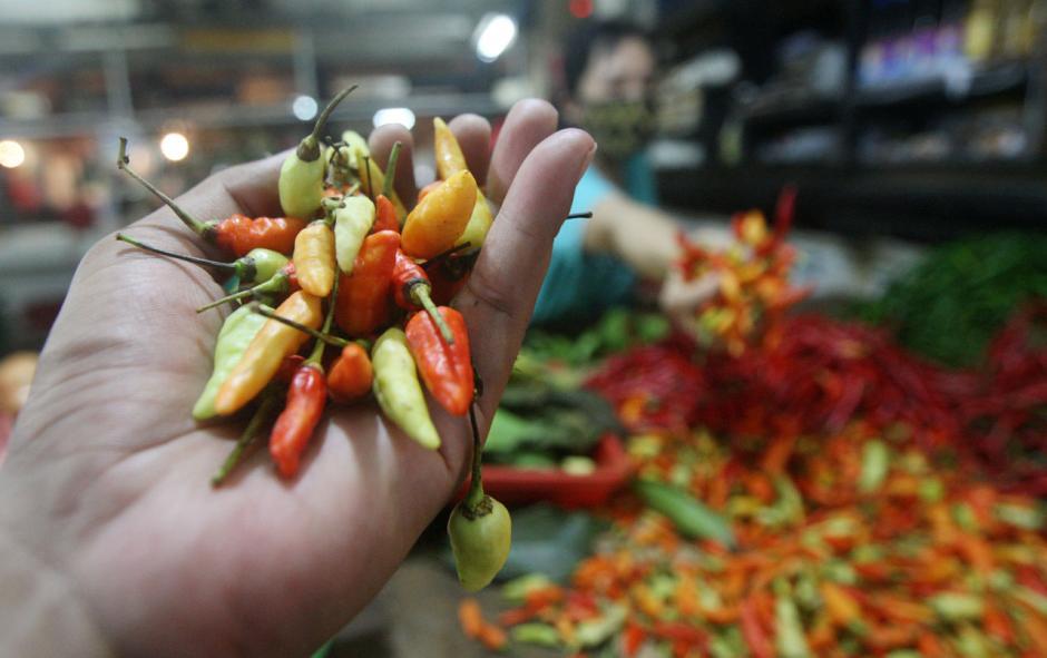 Harga Cabai di Pasar Kramat Jati Tembus Rp 120 Ribu Perkilogram-2