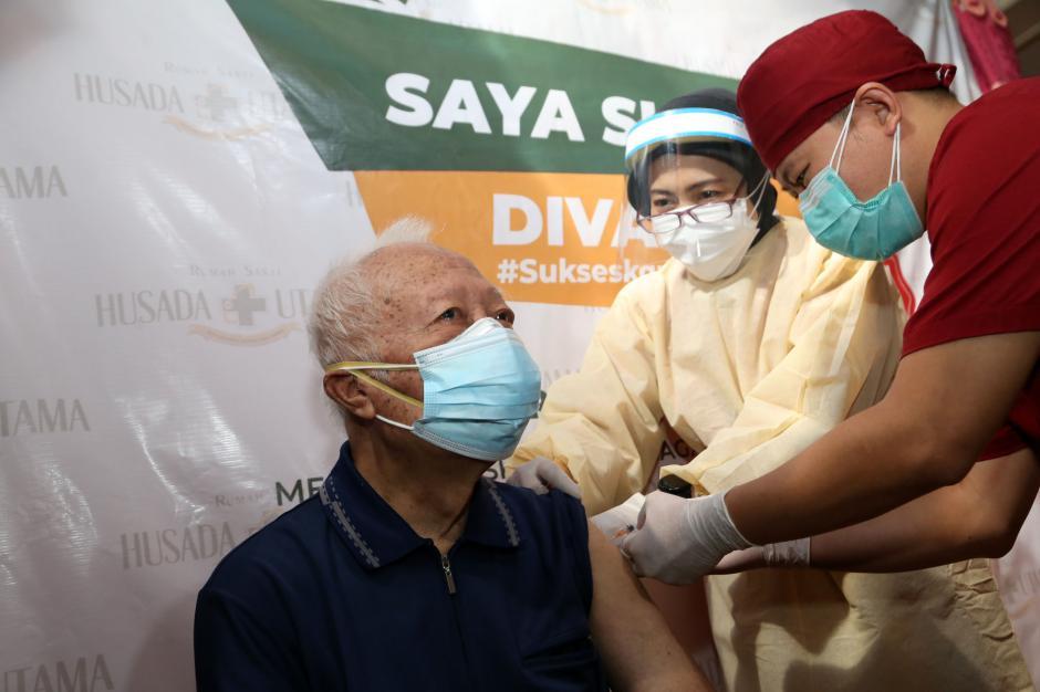 Vaksinasi Covid-19, Sebuah Ikhtiar untuk Akhiri Pandemi di Indonesia-6