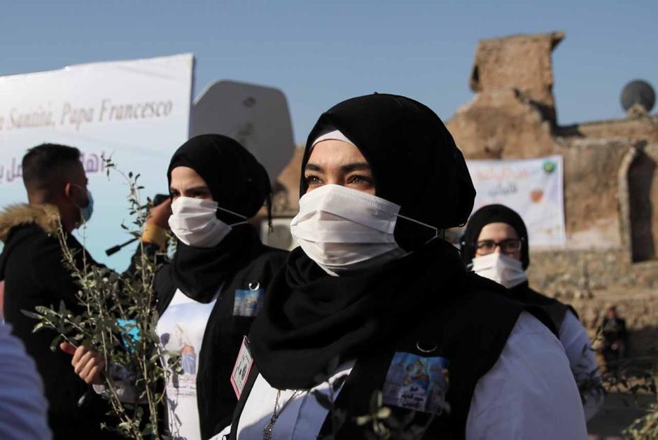 Warga Irak Sambut Paus Fransiskus di Bekas Pertahanan ISIS-1