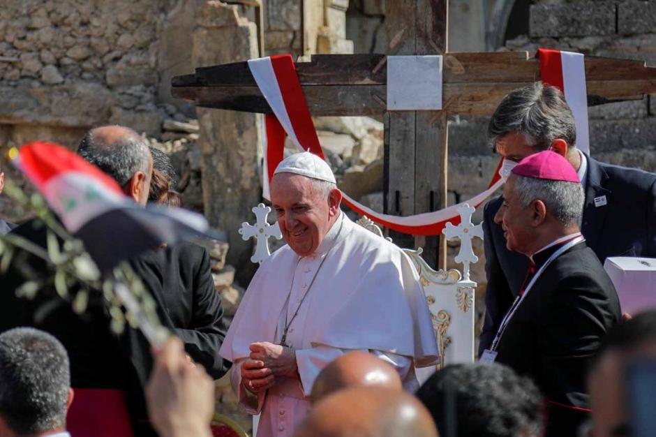 Paus Fransiskus Doakan Korban Perang Irak di Kota Tua Mosul-4