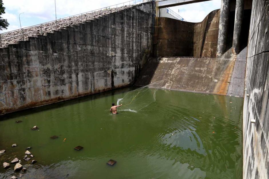 Mencari Ikan dan Berolahraga di Situ Gintung-0