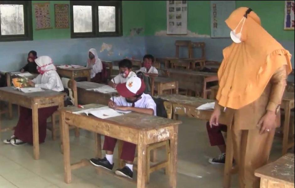 Sekolah di Lampung Utara Mulai Laksanakan Belajar Tatap Muka Ditengah Pandemi-0