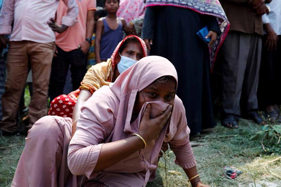 Kapal Feri Bertabrakan dengan Kargo di Bangladesh, 26 Orang Tewas-2
