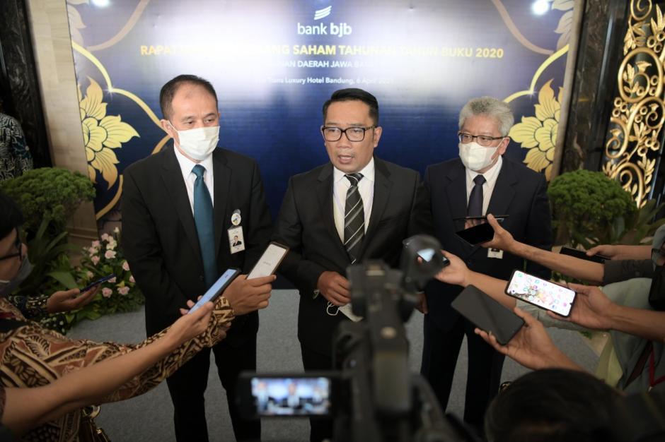 Ridwan Kamil Hadiri RUPS Tahunan Bank BJB Tahun Buku 2020-2