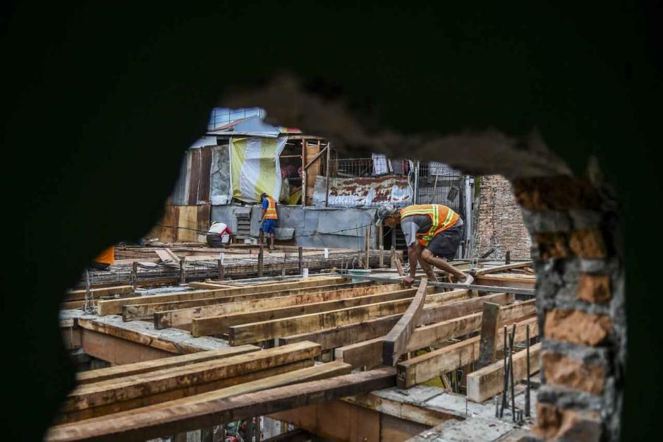 Hadapi Banjir, Pemprov DKI Bangun Rumah Panggung untuk 40 Warga di Kebon Pala-2