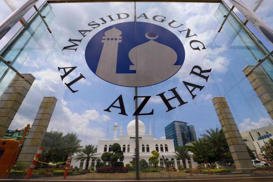 Masjid Agung Al-Azhar Jaksel Gelar Tarawih dan Pembagian Takjil Drive Thru-3