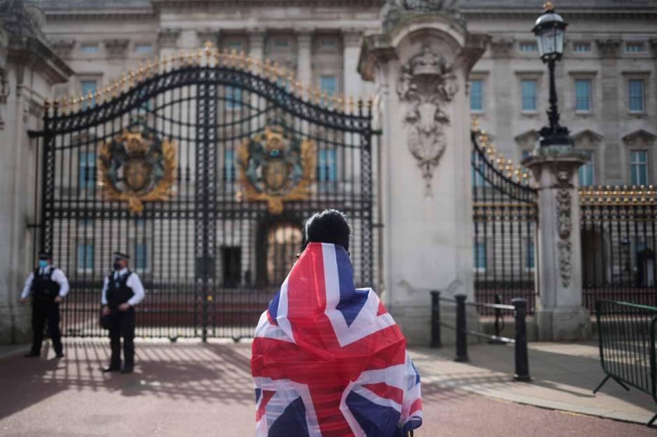 Pangeran Philip Tutup Usia, Rakyat Inggris Berduka-2
