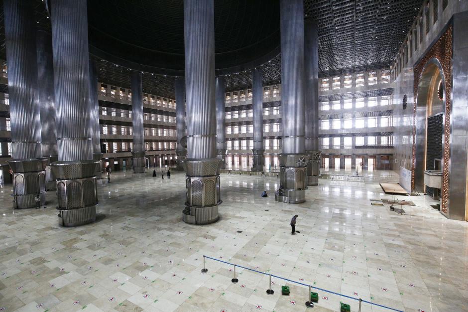 Masjid Istiqlal Dibuka untuk Shalat Tarawih, Maksimal 2.000 Jemaah-3