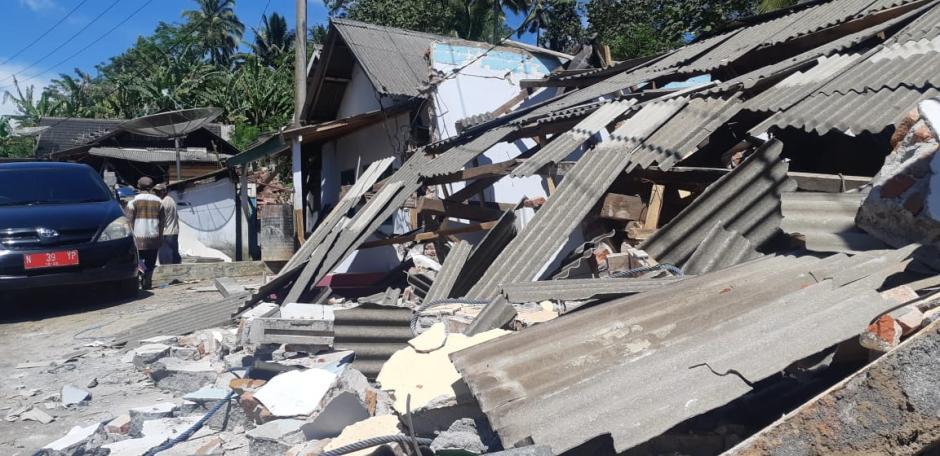 Ratusan Rumah di Lumajang Rata dengan Tanah Akibat Gempa Malang-3
