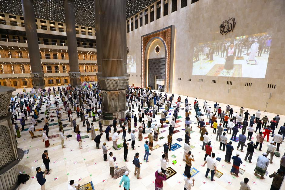 Masjid Istiqlal Gelar Salat Tarawih Pertama di Tengah Pandemi Covid-19-0