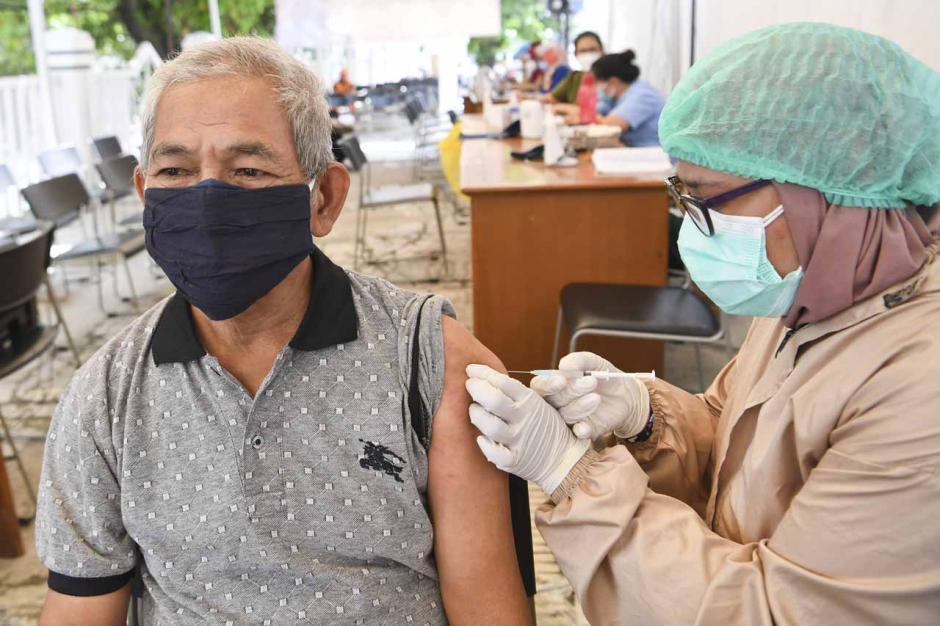 Vaksinasi Covid-19 di Saat Puasa-3