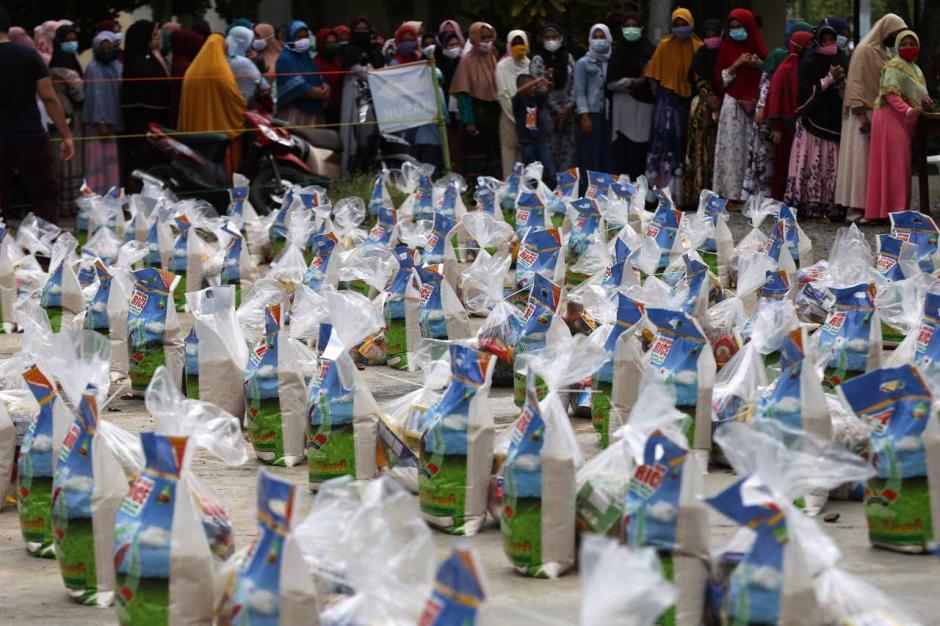 Masyarakat Muslim Eropa Salurkan Bantuan Sembako untuk Warga Aceh Besar-1
