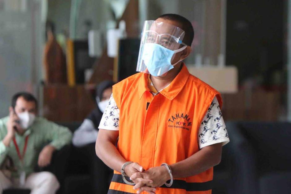 Kasus Nurdin Abdullah, KPK Periksa Tersangka Edy Rahmat-0