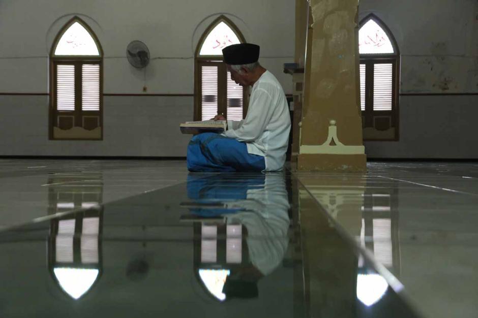 Umat Muslim Perbanyak Baca Al-Quran di Bulan Ramadhan-3