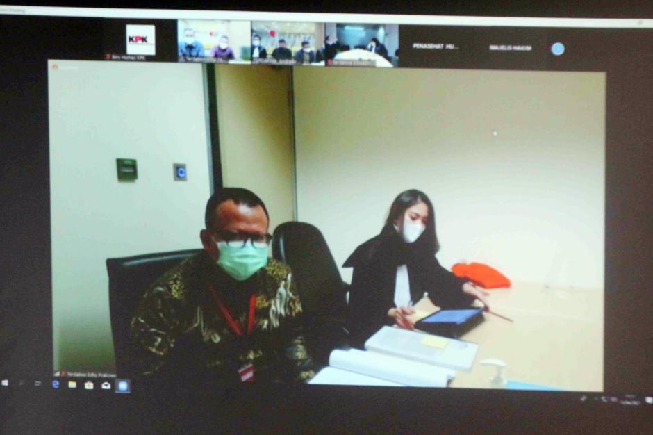 Digelar Secara Virtual, Eks Menteri Kelautan dan Perikanan Edhy Prabowo Jalani Sidang Perdana-3