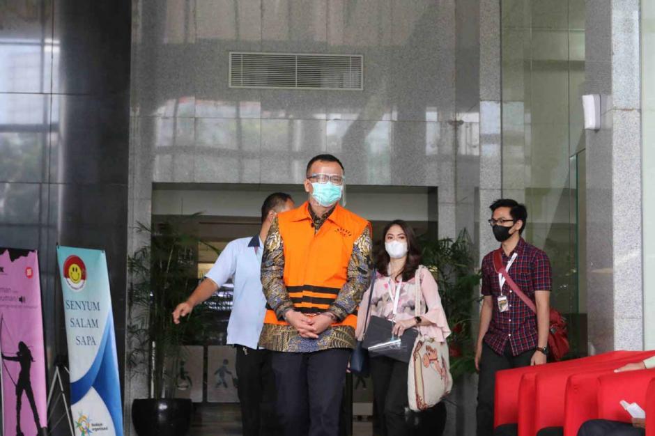 Usai Jalani Sidang Perdana, Edhy Prabowo Minta Dukungan dan Doa-0