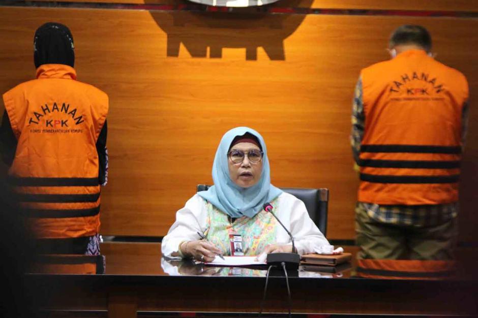 KPK Tetapkan Mantan dan Anggota DPRD Jabar Tersangka Suap Banprov Indramayu-2
