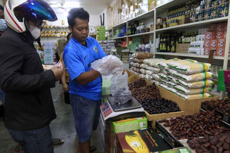 Omset Penjualan Kurma di Tanah Abang Meningkat 40 Persen-1