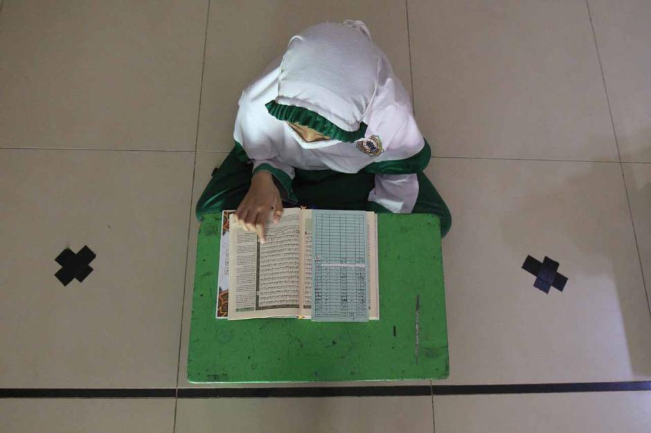 Menunggu Waktu Berbuka Puasa dengan Belajar Al-Quran-6