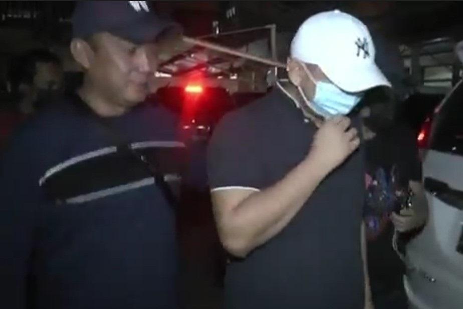 Seperti Ayam Sakit, Begini Tampang Pria Penganiaya Perawat RS Siloam Sriwijaya Saat Dijemput Polisi-1