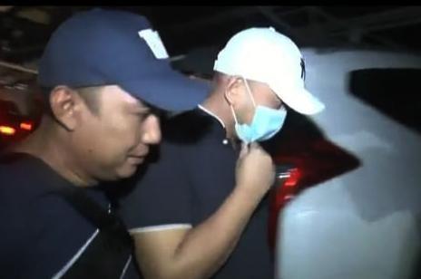 Seperti Ayam Sakit, Begini Tampang Pria Penganiaya Perawat RS Siloam Sriwijaya Saat Dijemput Polisi-2
