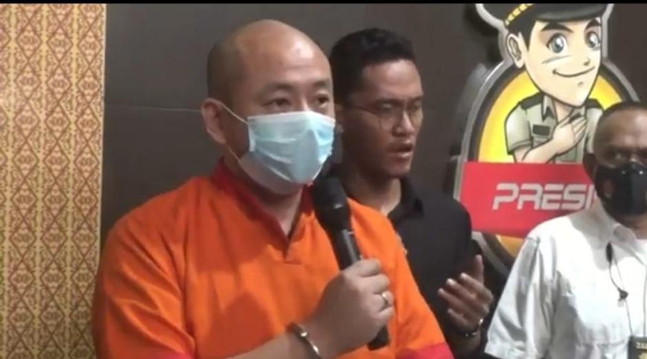 Berbaju Tahanan, Pelaku Penganiayaan Perawat RS Siloam Palembang Minta Maaf-0