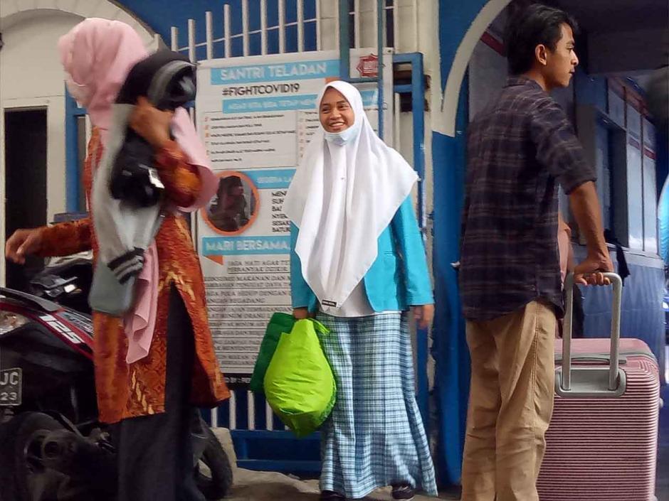 Libur Panjang, Santri Pondok Pesantren Mudik ke Kampung Halaman-1