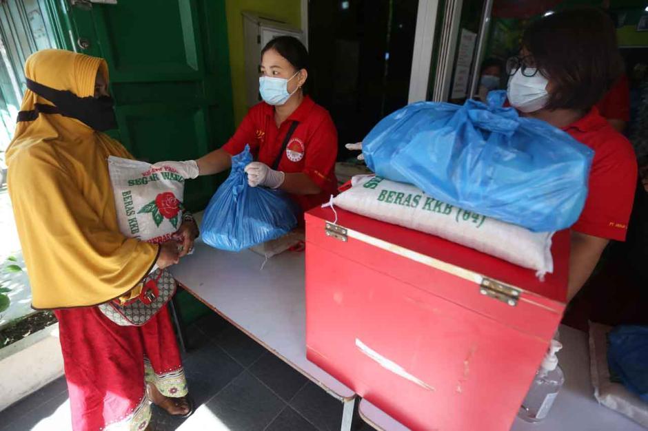 Wujud Toleransi Beragama, Warga Etnis Tionghoa Salurkan 2.140 Paket Sembako Ramadan-2