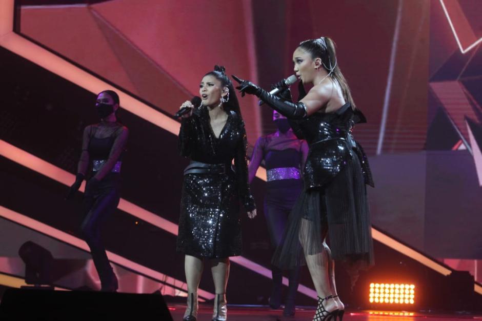 Tampil Kompak, Marion Jola dan Rimar Callista Bius Juri Indonesian Idol-2