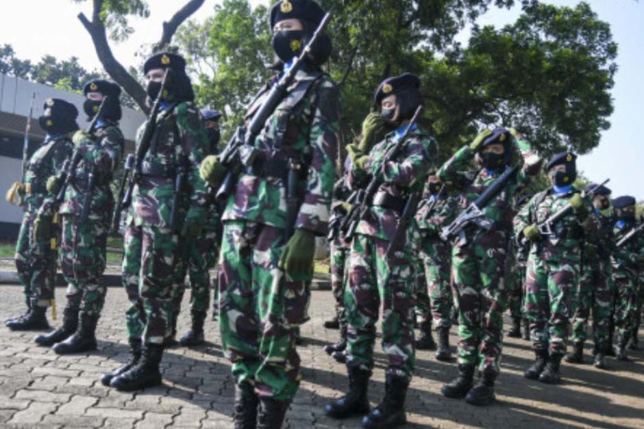 Peringati Hari Kartini, Korps Prajurit Wanita TNI Gelar Apel Bersama-3
