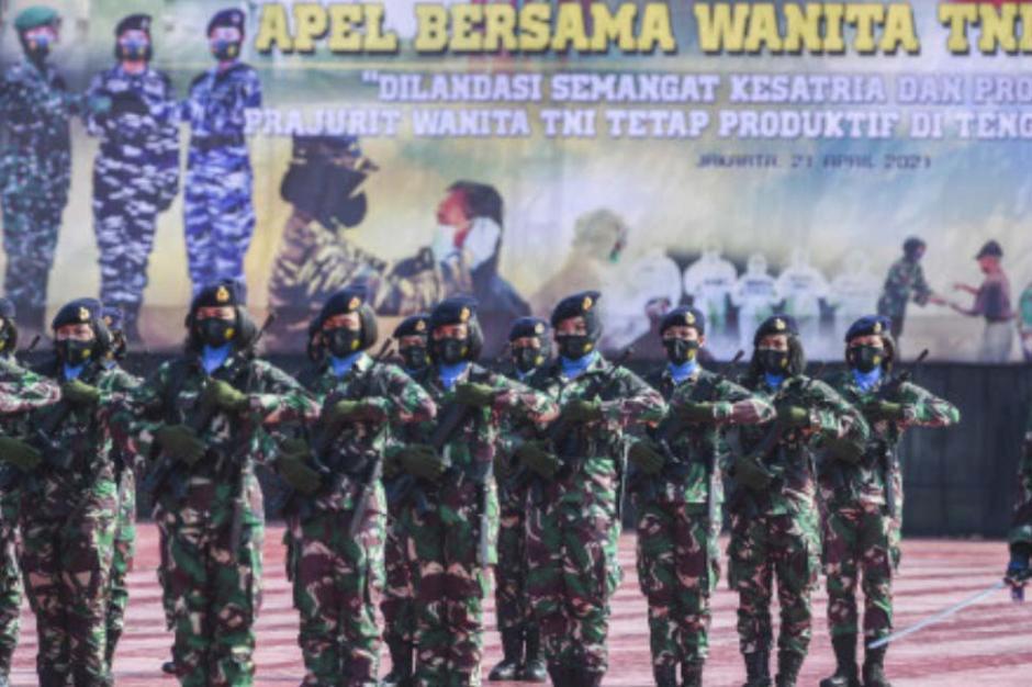 Peringati Hari Kartini, Korps Prajurit Wanita TNI Gelar Apel Bersama-0