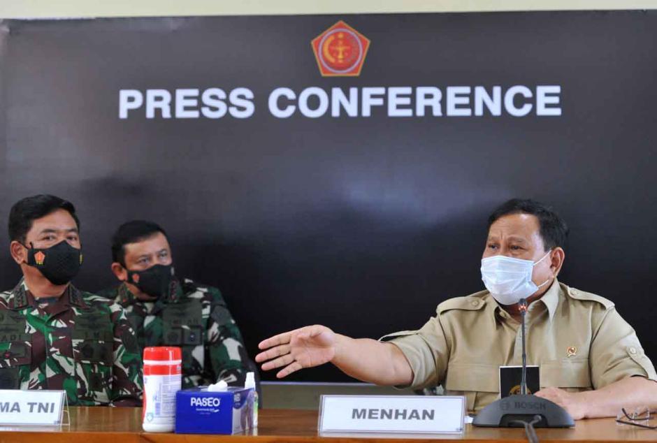 Menhan Prabowo Beri Keterangan Terkait Hilangnya KRI Nanggala 401-0