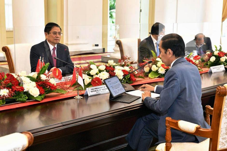 Presiden Joko Widodo Gelar Pertemuan Bilateral dengan PM Vietnam Pham Minh Chinh-1