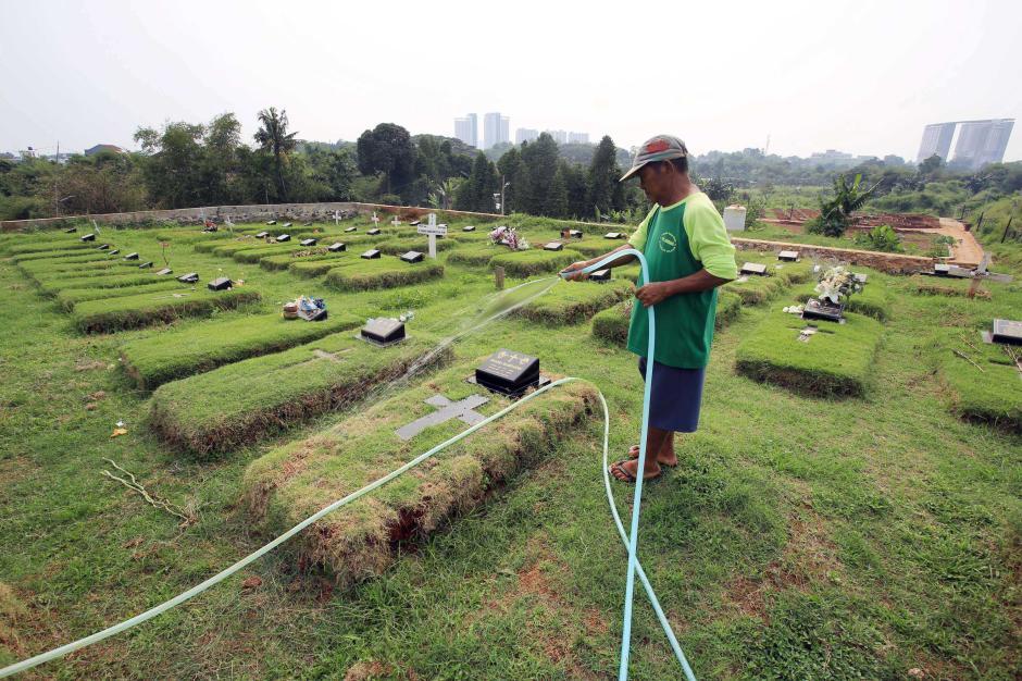 Kasus Mingguan Covid-19 di Indonesia Terus Meningkat-4