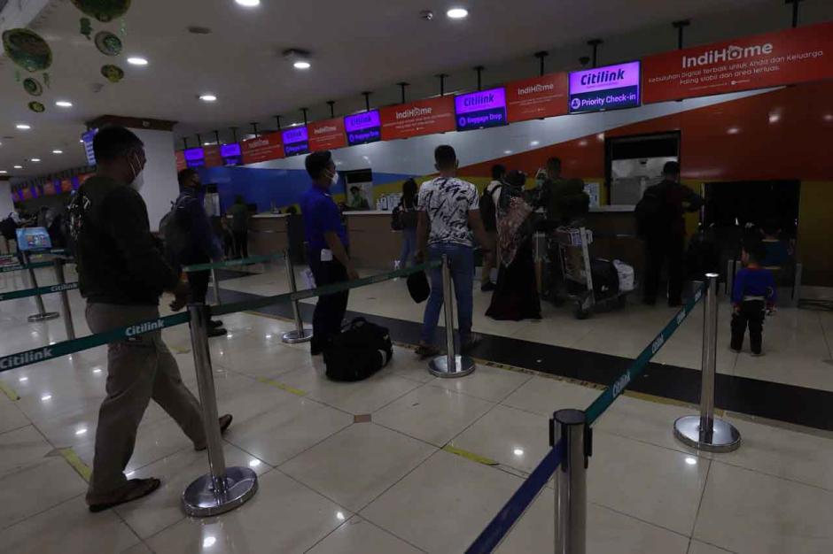Mudik Dilarang, Maskapai Masih Jual Tiket Penerbangan-0